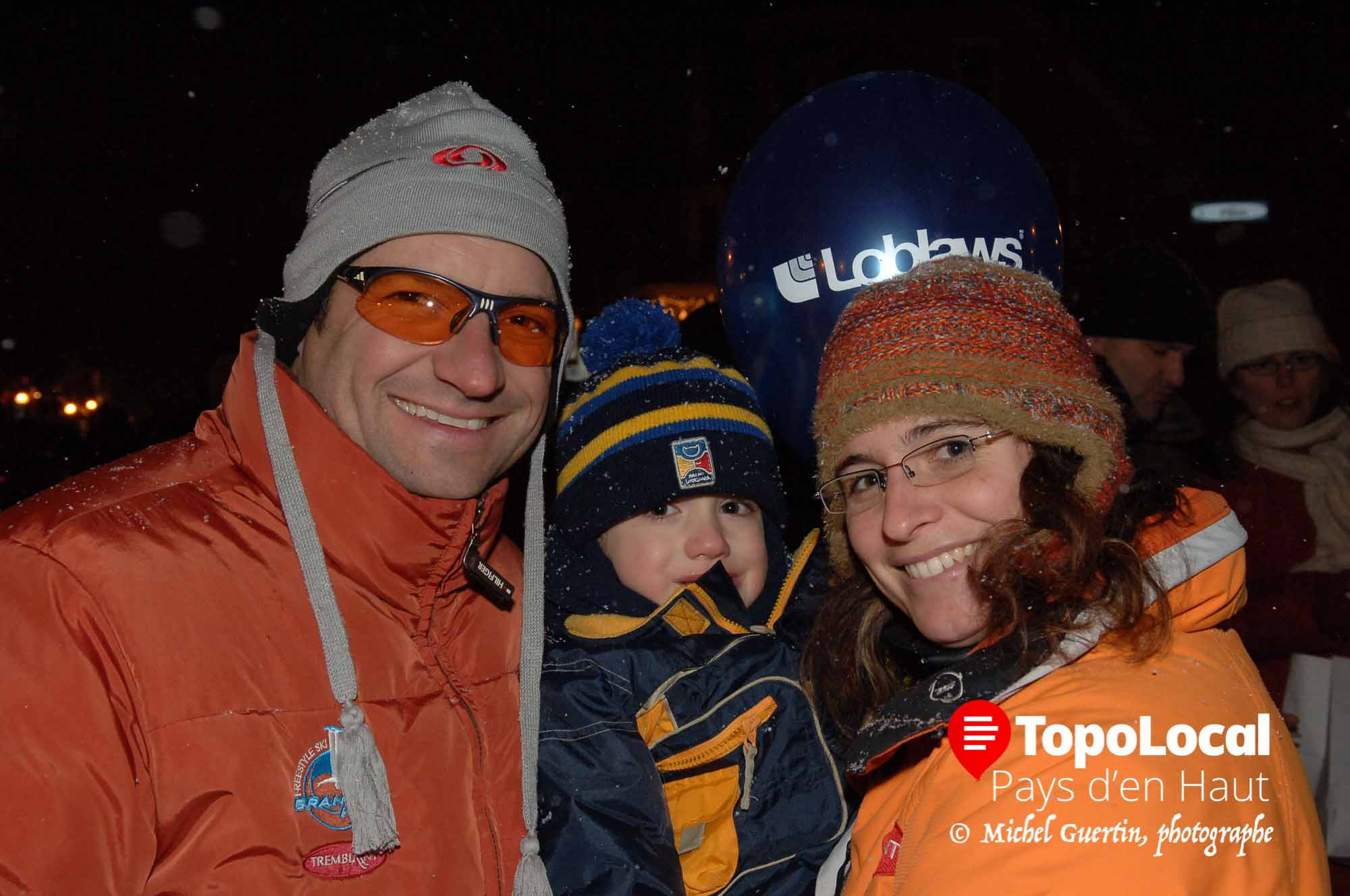 Petit souvenir d'il y a 10 ans. Alain Cyr et sa conjointe Véronique Martino avec leur fils Alexis. Eux n'ont pas changé mais il en est tout autrement pour Alexis.
