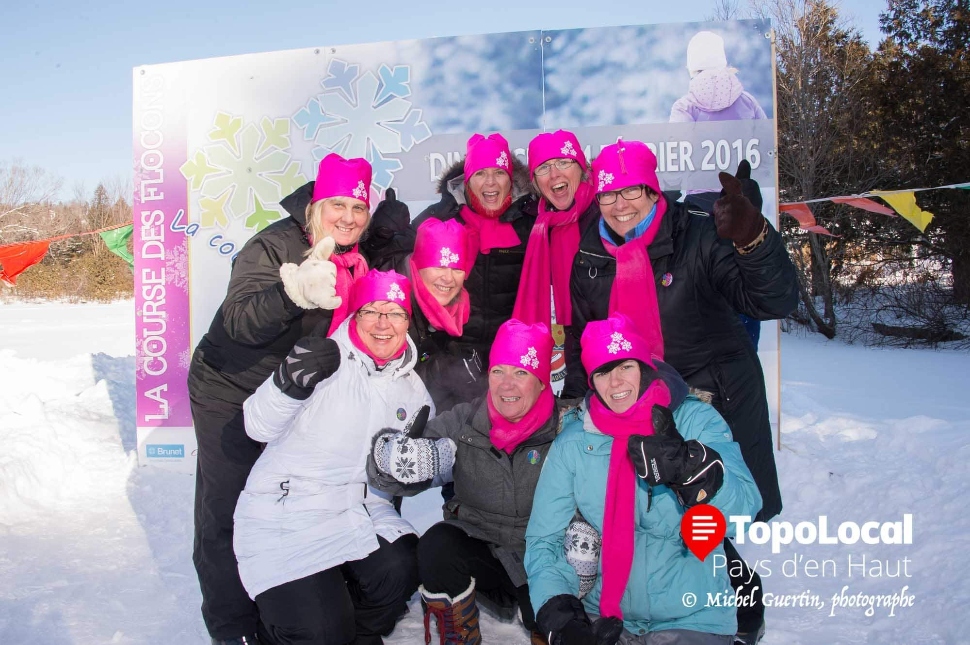 Voici le groupe des « Sa'Coches » qui a fait de cet événement une réussite. Il s'agit de Marie-Christine Jaunasse, Diane Senechal, Annie Gauthier, Dominique St-Louis, Nathalie Vallières, Sylvie Tisserant, Danielle Tremblay et Julie Roy.