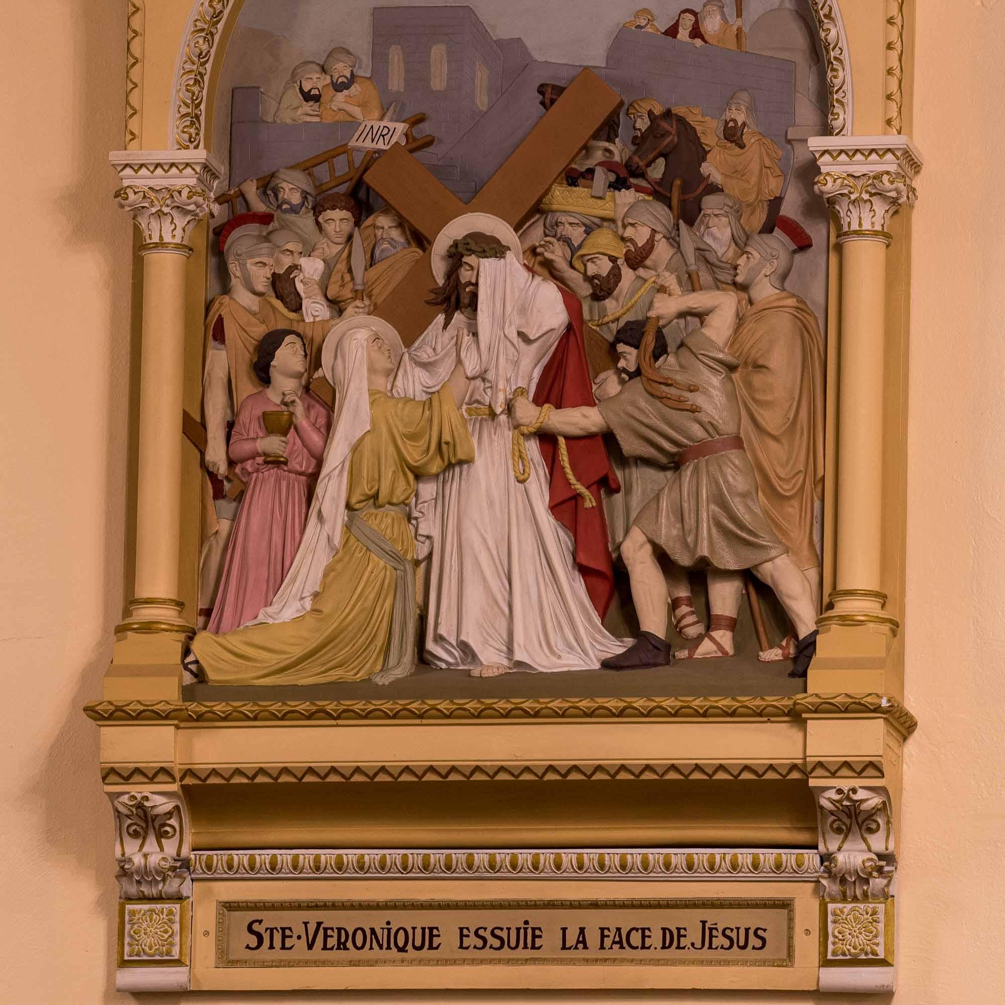 06 chemin de croix cathedrale saint jerome