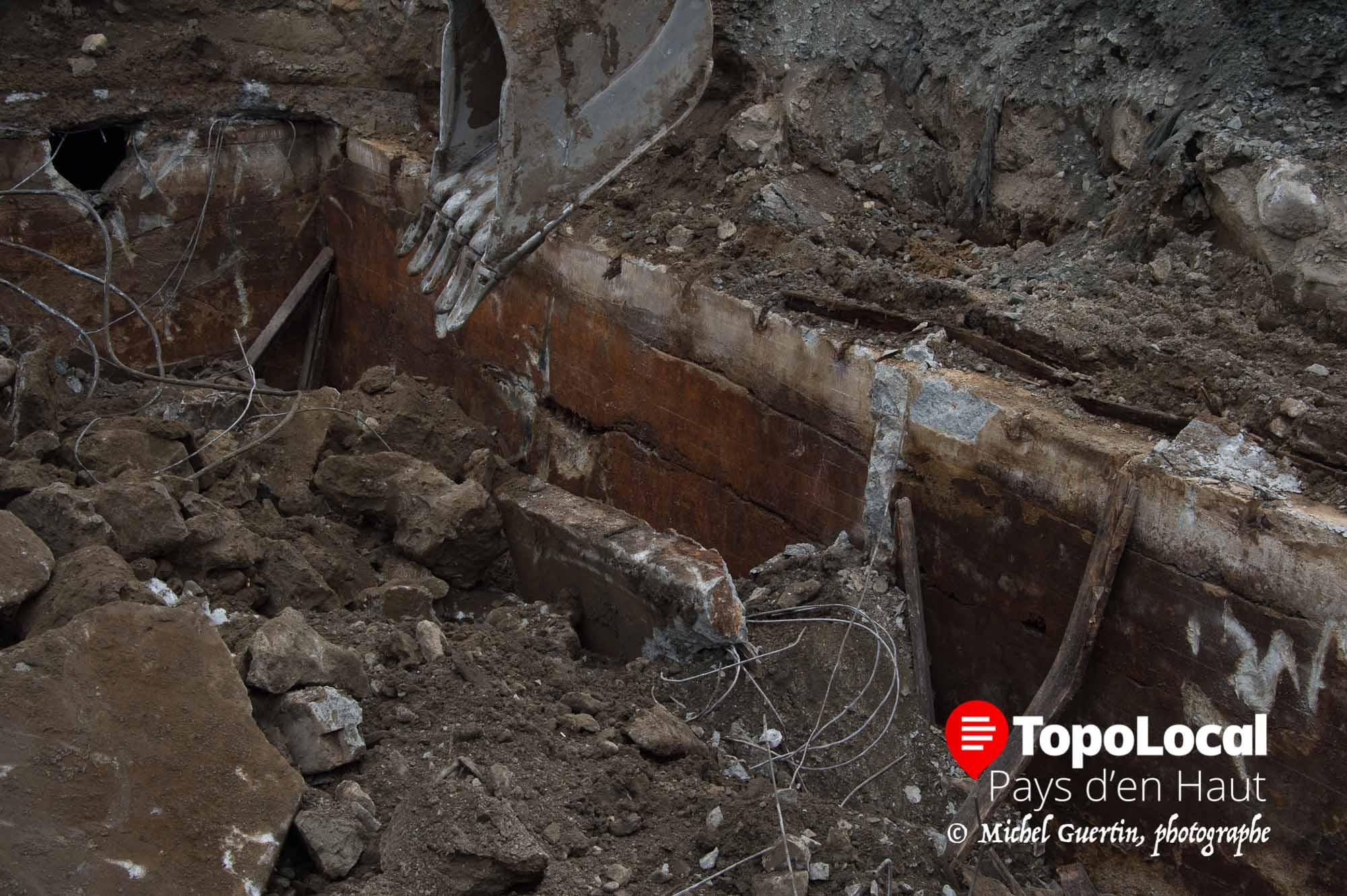 20160324-sainte-adele-trou-travaux-publics-reservoirs-sceptiques-2