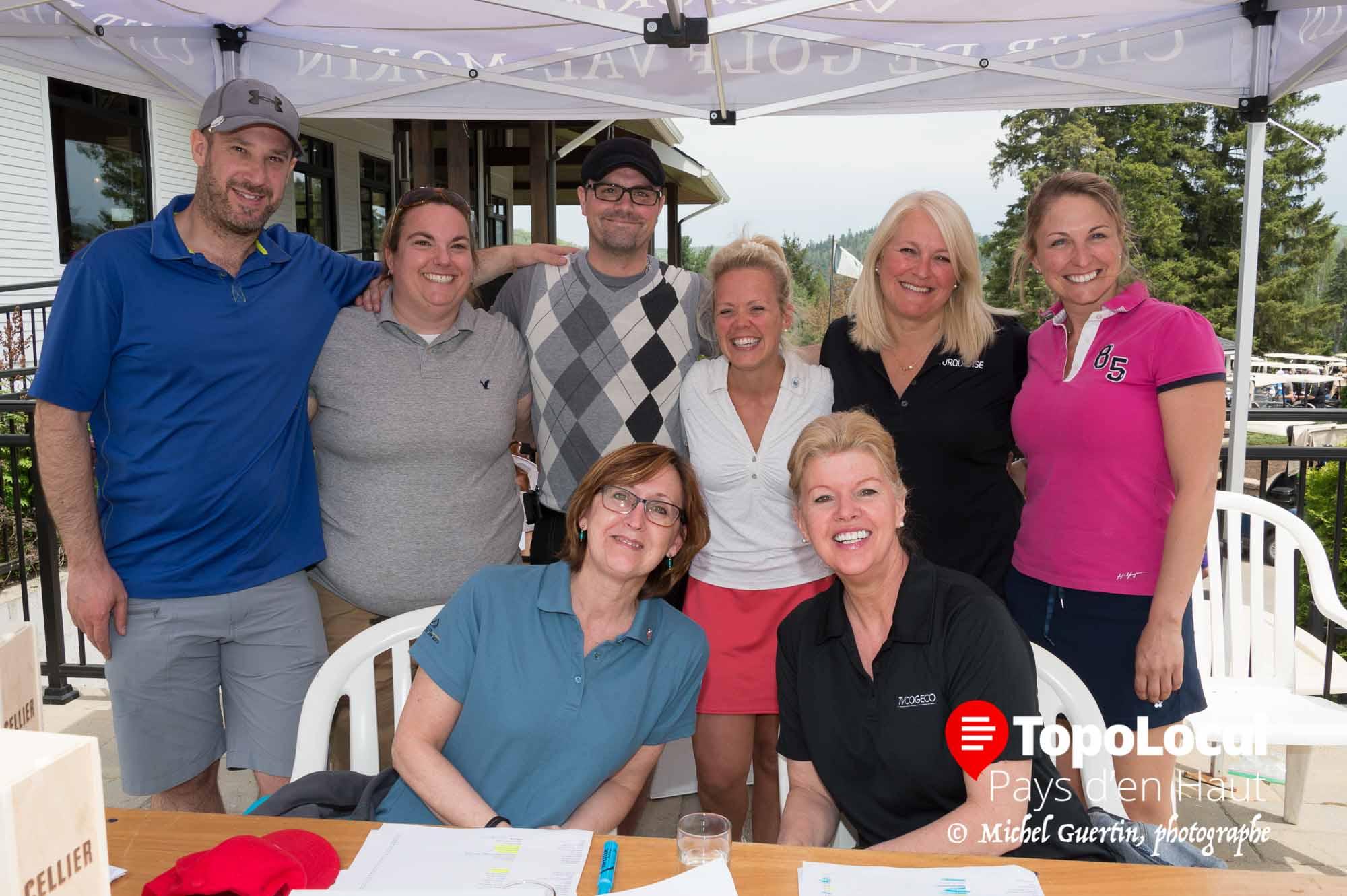 Voici le comité organisateur du tournoi de golf de la Chambre de Commerce de Sainte-Agathe qui avait lieu au club de golf Val-Morin dernièrement. Il s'agit de Pascal Comeau, Nadia Bédard, Carole McCann, Jean-François Blondin, Marie-Ève Chalifoux, France Gareau, Nathalie Dion et Sonia Giguère.