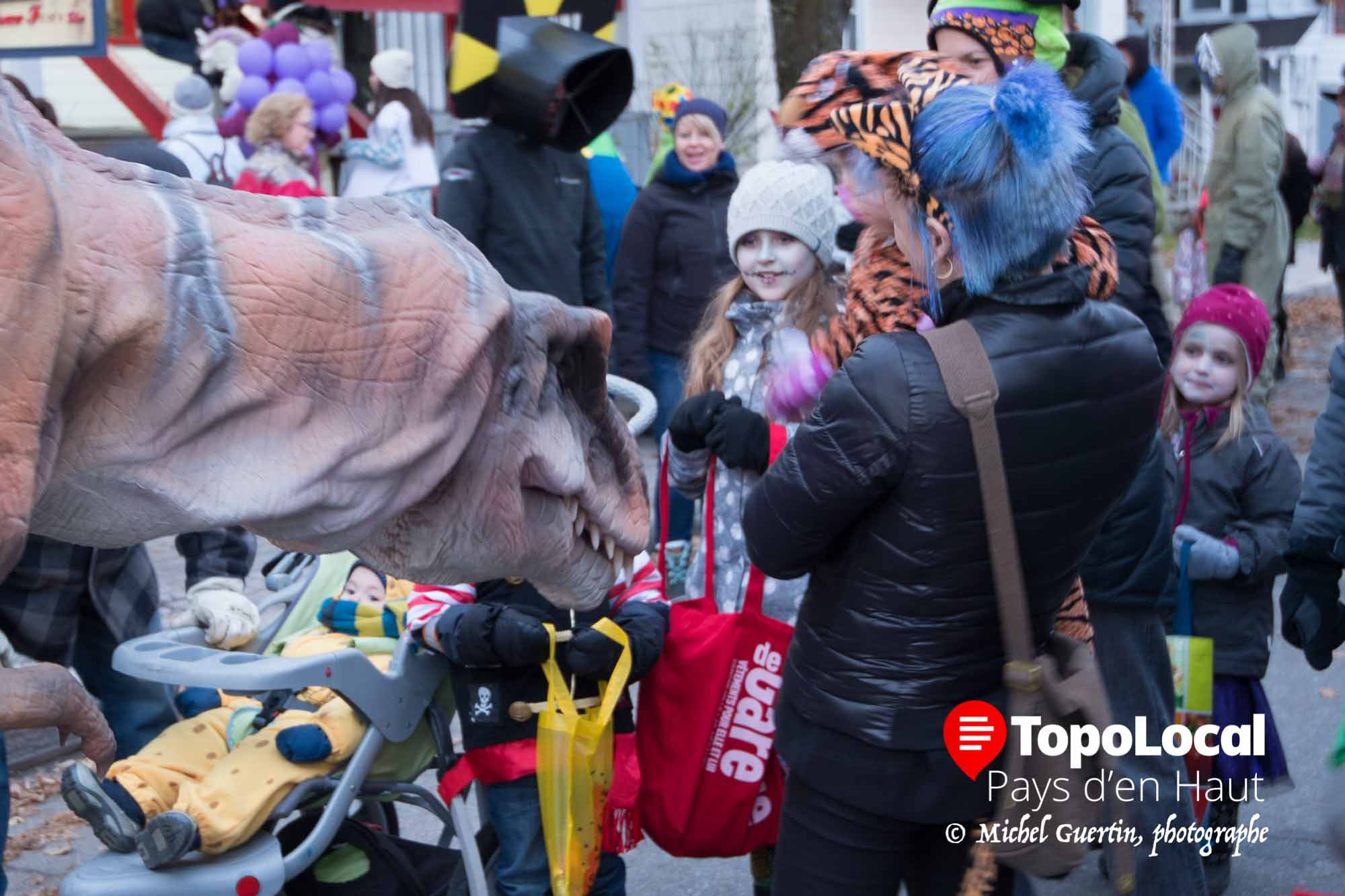 20161031-sainte-adele-halloween-rue-valiquette-11