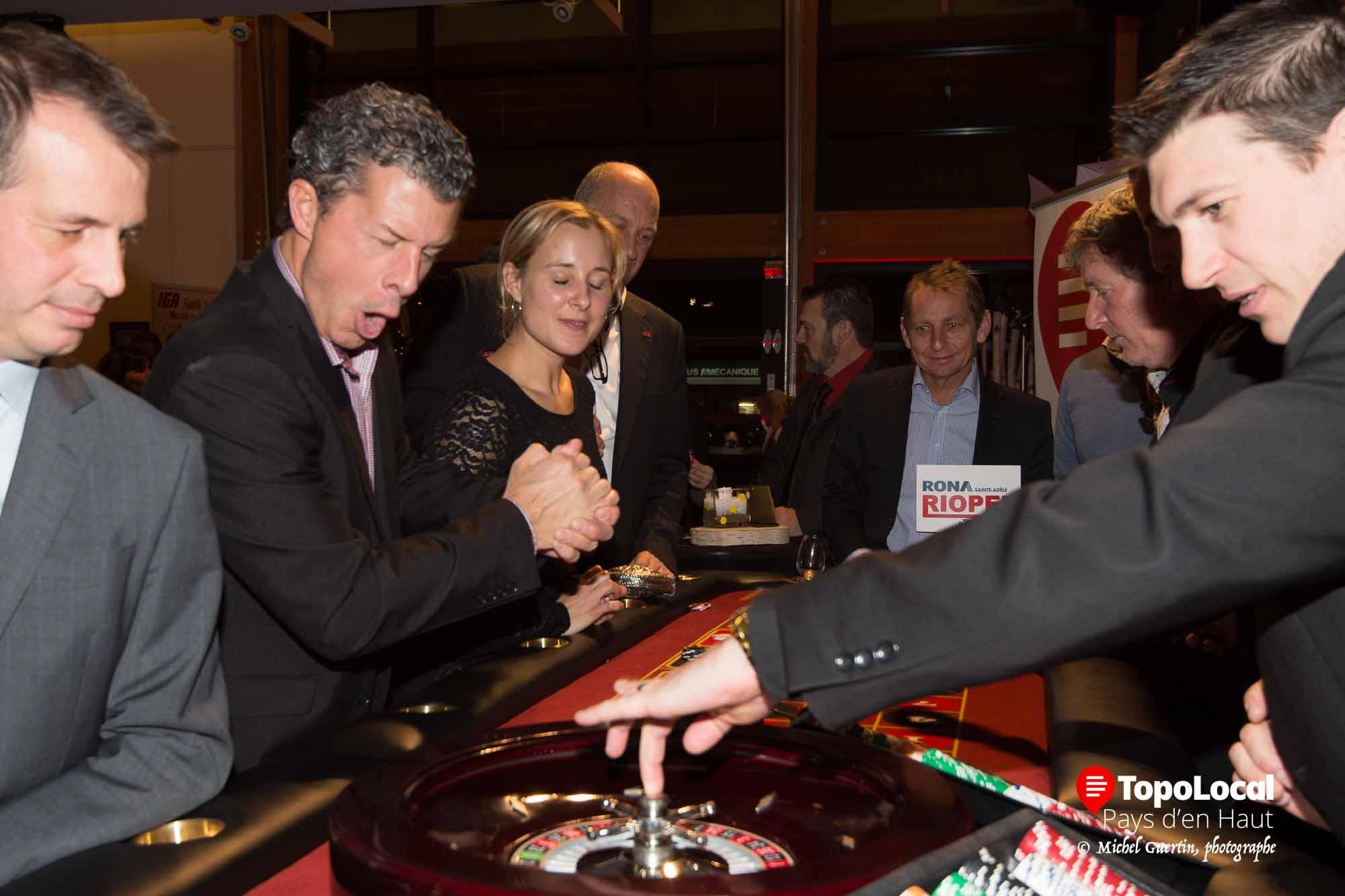 20161104-sainte-adele-casino-maire-ambiance