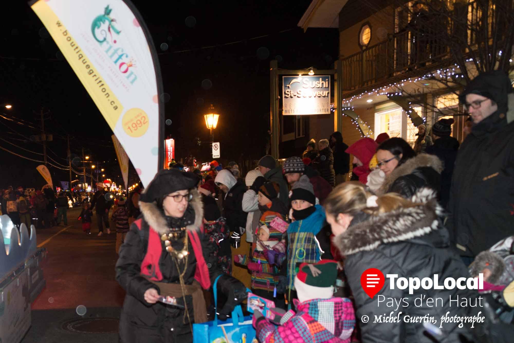 20161203-saint-sauveur-parade-pere-noel-chambre-commerce-10