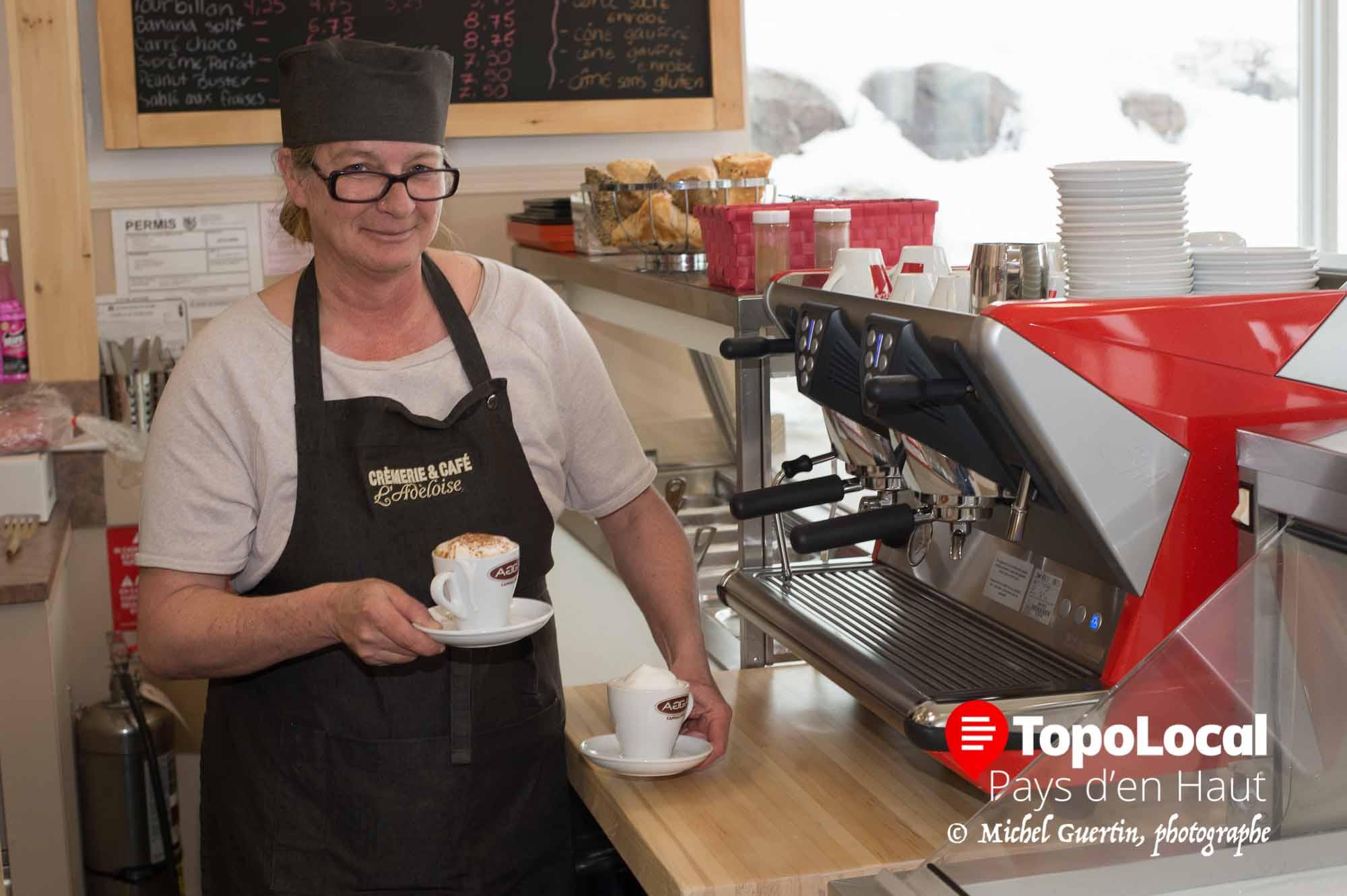 Le beau temps s'en vient et c'est le temps de se gâter à la nouvelle Crèmerie et café L'Adéloise dans ses nouveaux locaux, beaucoup plus grand, ce qui permet à la direction d'offrir repas et café. Allez dire bonjour à la propriétaire Lorraine Michaud.