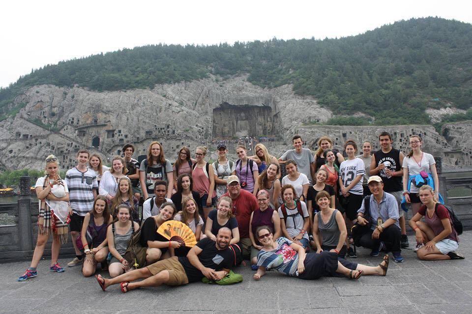 De retour au Québec la tête et le coeur remplis de souvenirs mémorables...Un voyage qui s'est déroulé sans anicroches, une expérience inoubliable pour 32 élèves de l'école A.-N.-Morin et les 4 enseignants-accompagnateurs...
