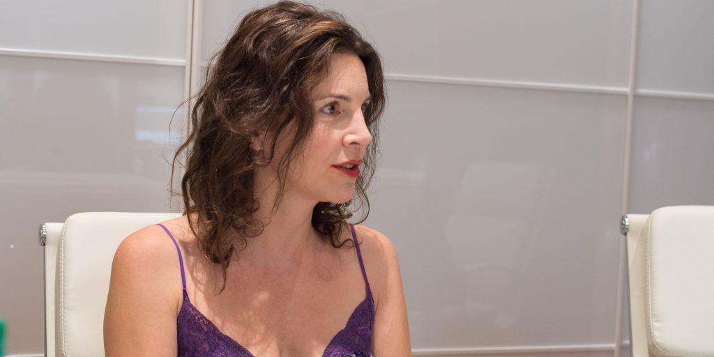 La réalisatrice du film Être et devenir, Clara Bellar, lors de son passage au Cinéma Carrefour du Nord, le 12 septembre 2016.