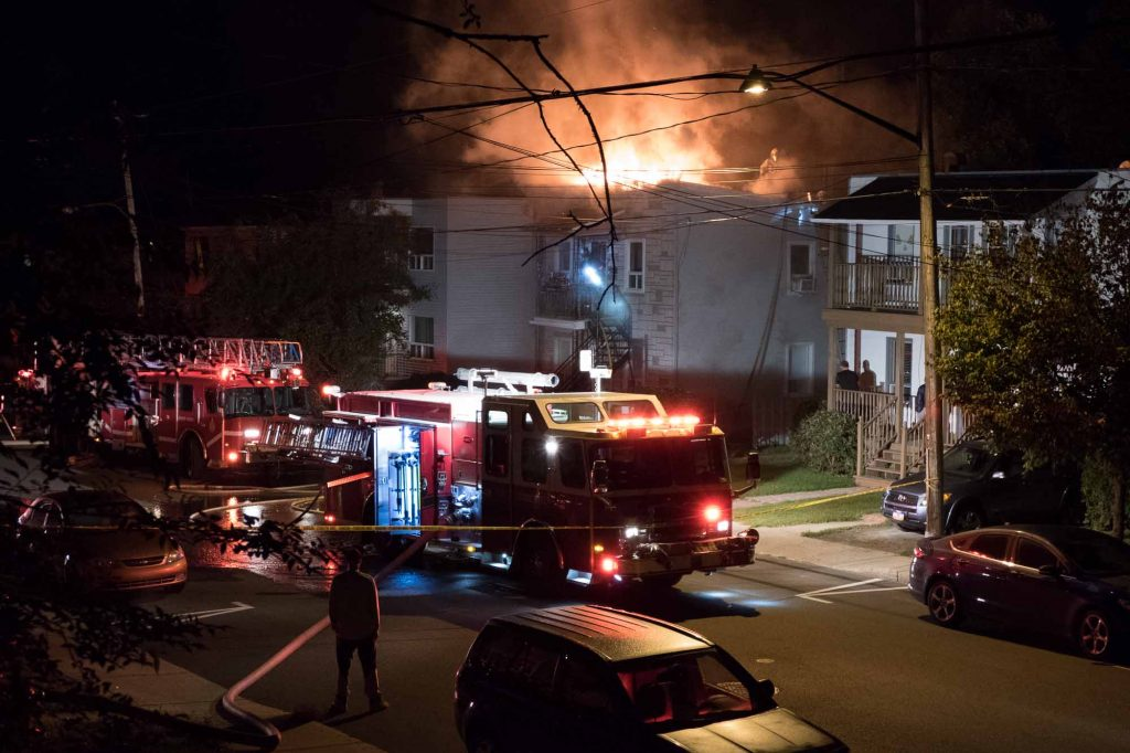 Un incendie a endommagé un duplex de la rue O'Shea, à Saint-Jérôme le 21 septembre 2016.