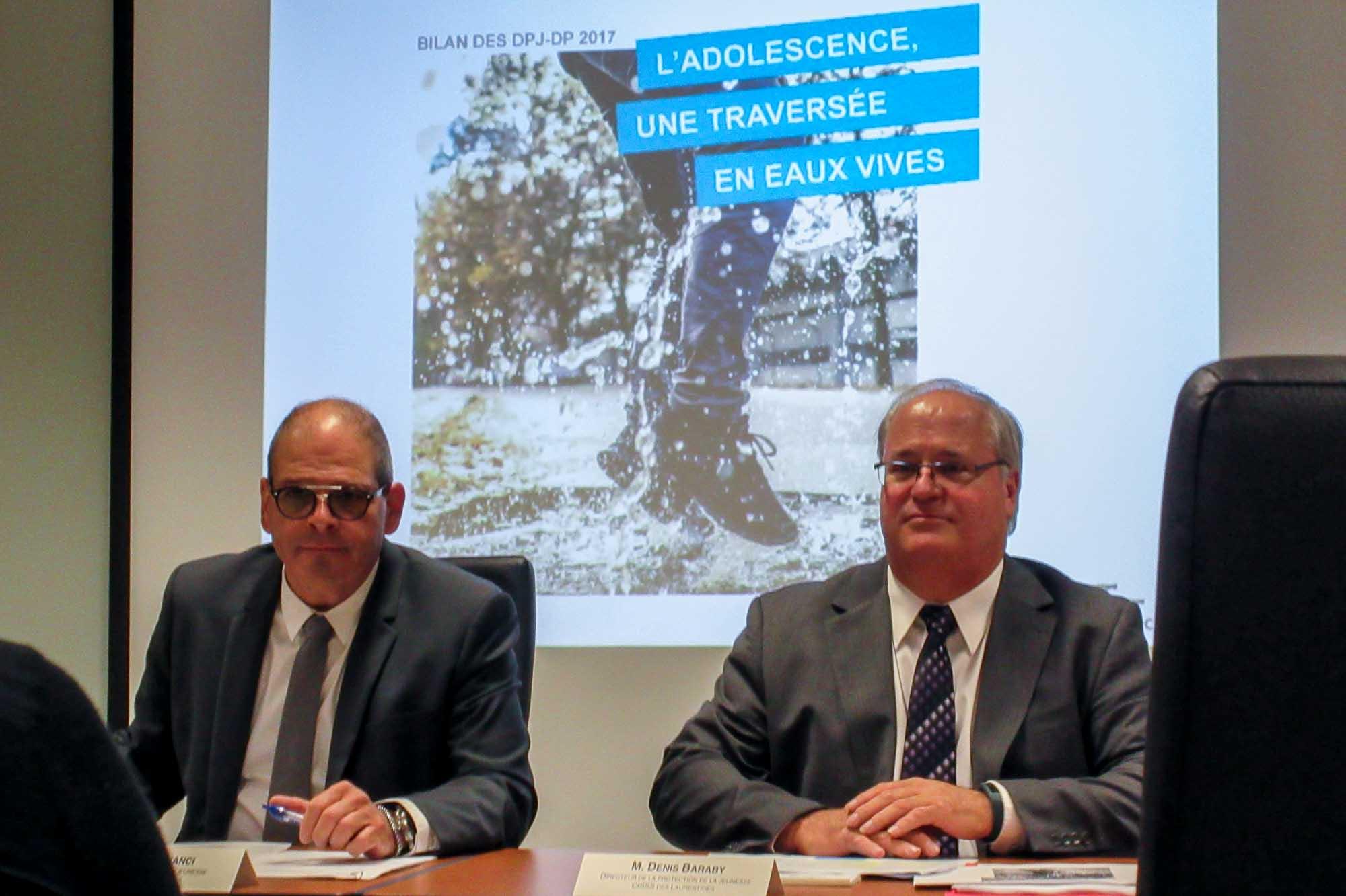Mario Cianci, directeur du programme jeunesse, et le directeur de la protection de la jeunesse des Laurentides, Denis Baraby, le 19 septembre 2017.