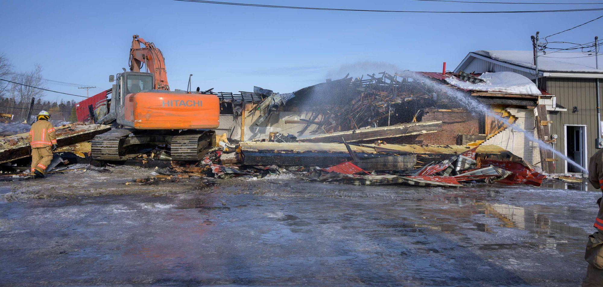 La structure du bâtiment étant devenue instable, il a été démoli dès que l'incendie a été terminé.